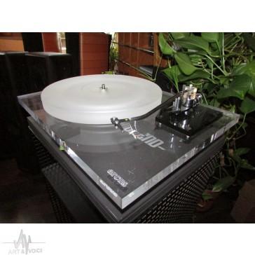 Arcus Audio Anniversary Turntable 1